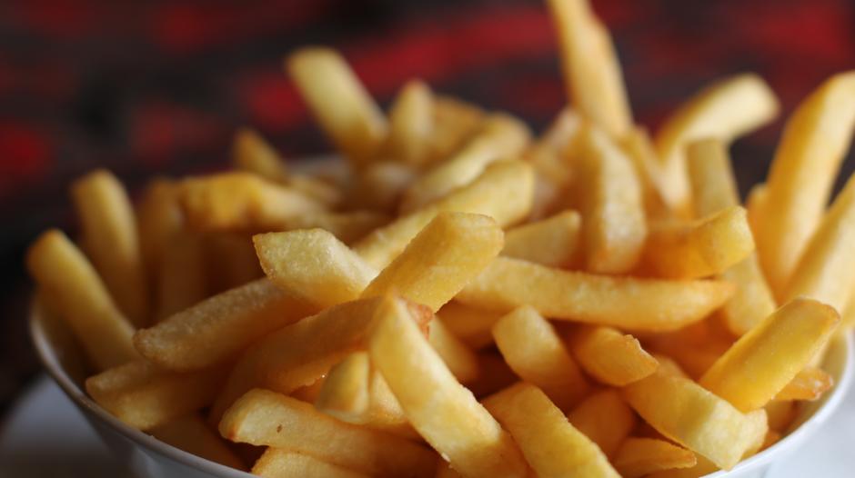 Qual a diferença entre a batata da mesa do consumidor e da indústrias de alimentos?